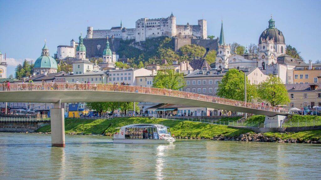 Salzburg Stadt Schiff-Fahrt
