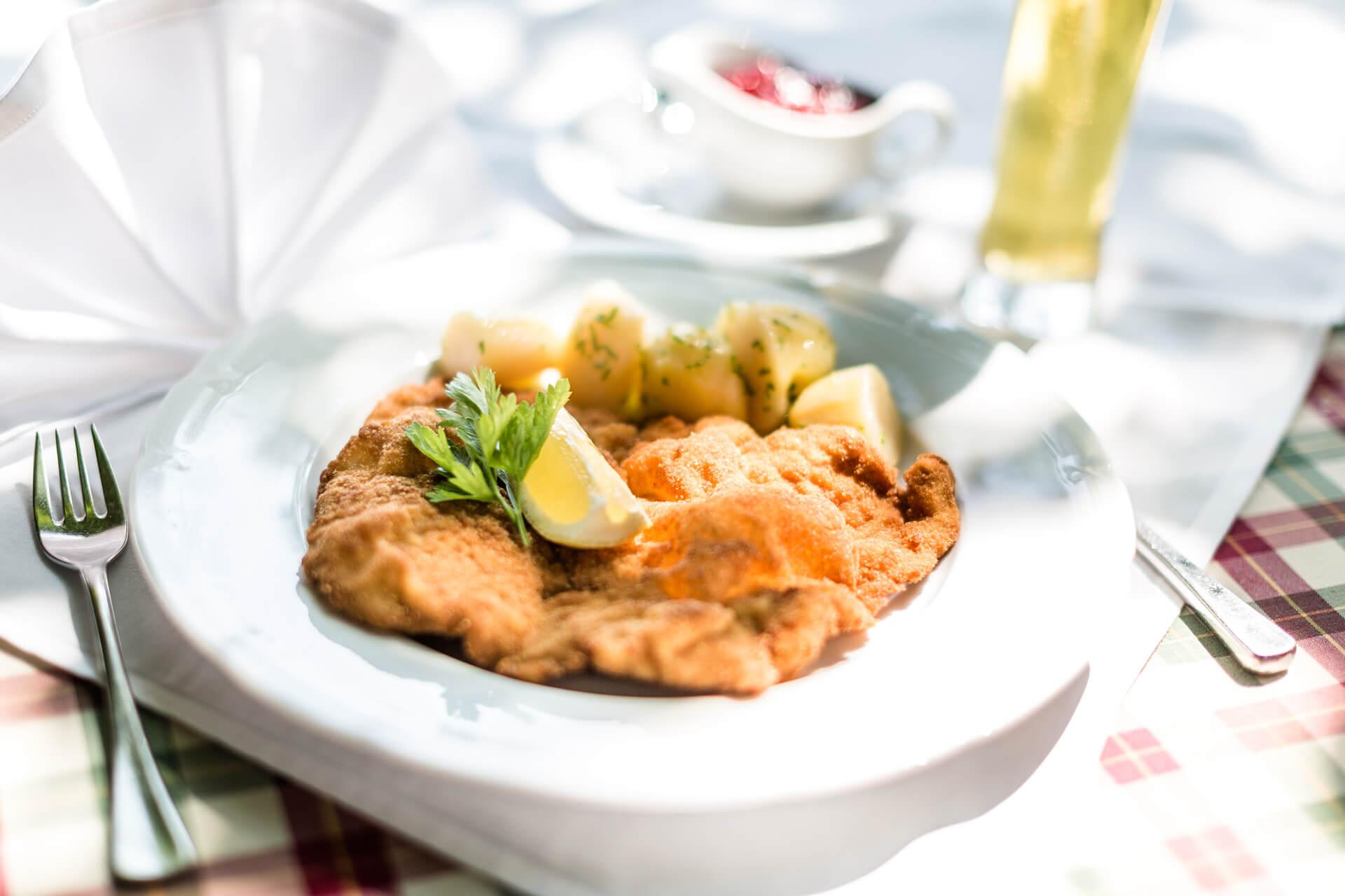 tvb-eugendorf-Holznerwirt-Wiener Schnitzel